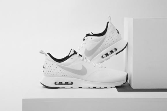 SneakerDrop #9 - Nike Tavas
