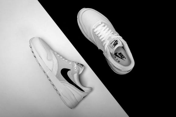 SneakerDrop #7 - Adidas Court Vantage Mid